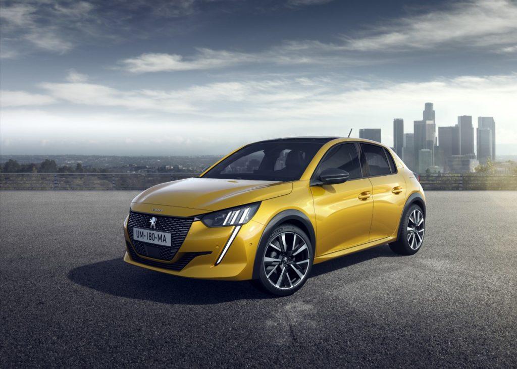 Lancement de la Peugeot 208, moteur thermique et électrique